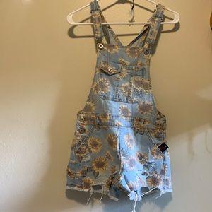 Sunflower shorts overall
